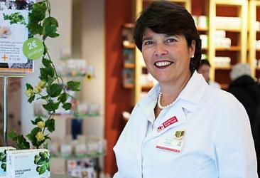 Apothekerin Mag. pharm. Wenkoff und ihr Team beraten Frauen in den Wechseljahren in der team santé paulus apotheke.