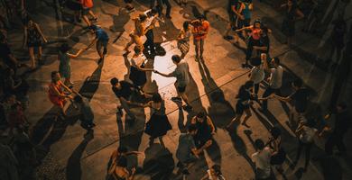 Tanzend durch die Wechseljahre