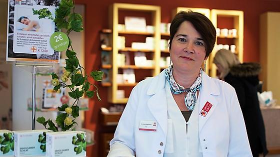 PKA Monika Silberbauer ist zertifizierte Wechseljahre-Beraterin und unterstützt Frauen im Wechsel mit ihrem Wissen