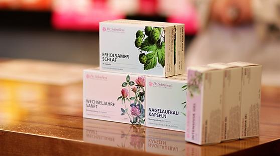 Die Produkte von Dr. Schreibers® unterstützen Frauen in den Wechseljahren