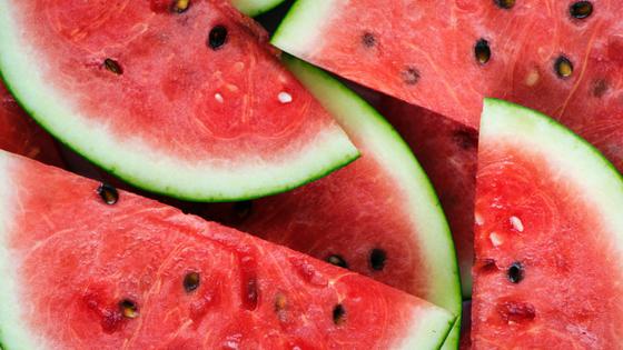 Gekühlte Melone gegen Schweißausbrüche und Flüssigkeitsverlust