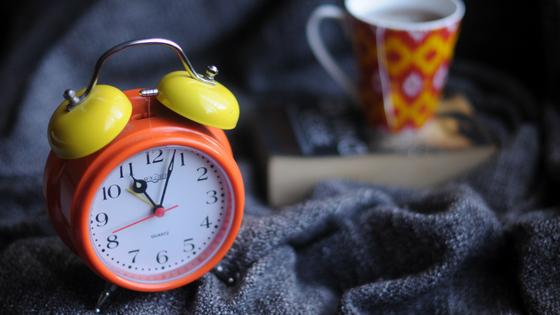 Mehr Wohlbefinden im Wechsel durch einen ausgeglichenen Schlaf-Wach-Rhythmus